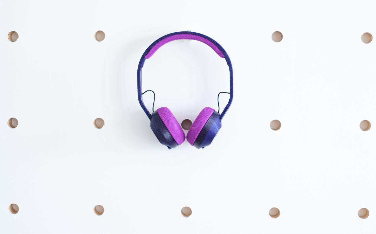 Auriculares Violetas Impresora 3D